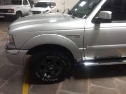 Vendo Ford Ranger 4x4 3.0