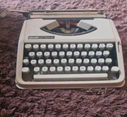 Máquina de escrever (datilografia)