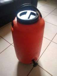 Título do anúncio: Garrafão térmica 10 litros 150