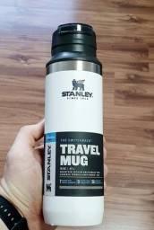 Garrafa Térmica Switchback Travel Mug Polar 473ML Stanley