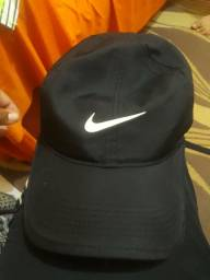 Chapéu da Nike 70 reais super conservado