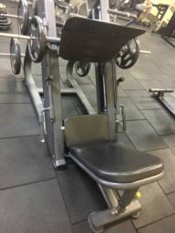 Leg Press 45 Crunch