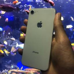 iPhone 8 Silver 64GB + Capinha