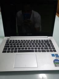 Note Asus i7 8GB, 3 anos de uso, excelente estado de conservação.