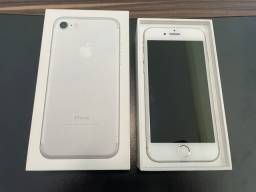 iPhone 7128 gb impecável