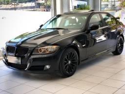 BMW 320i 2011 Top + All black , sem detalhes - 2011