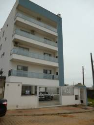 1640 - Alugue! Apartamento com sacada em Areias!
