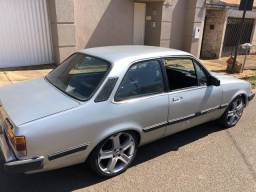 Chevette turbo ano 85 com rodas aro 17 - 1985