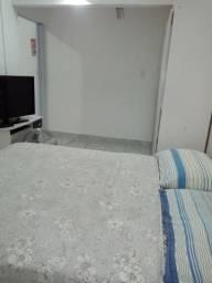 Mobiliados quarto, cozinha completa, banheiro