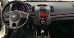Kia Cerato 1.6 Câmbio Manual 2011 - 2011