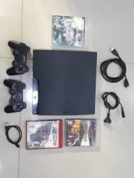 PS3 muito novo e completo.