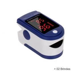 Oxímetro digital de dedo medidor de pulso saturação de oxigênio e frequência cardíaca.