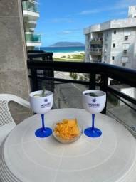 Título do anúncio: Cabo Frio Apto Temporada com vista para a Praia do Forte