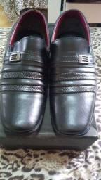 Título do anúncio: Vende-se sapato social