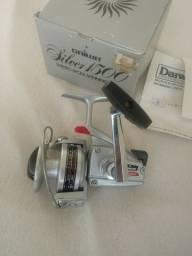 Molinete Daiwa Silver 1500/ e Daiwa 1600C