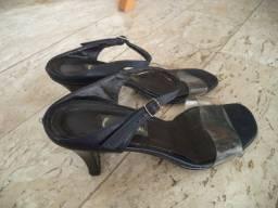Sandália preta com transparente - 37 - Oferta imperdível