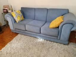 Sofa usado , mas bem reforçado