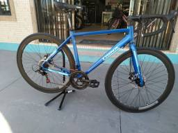 Bike speed Trinx modelo Templo 2.1
