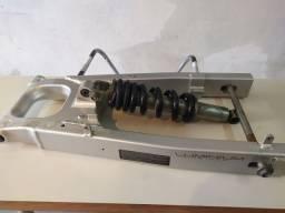 Balança e amortecedor trazeiro de cbx 250 Twister