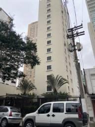 Título do anúncio: Indianópolis - São Paulo  Alugo Apartamento 3 Quartos 1 Suíte 2 Vagas de Garagem