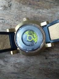 Relógio invicta Yakuza s1 original,vendo ou troco em bike 600 conto