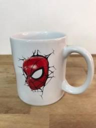 Caneca de porcelana Homem Aranha