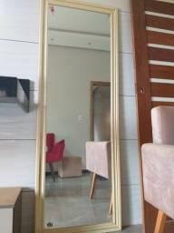 Espelho bem conservado