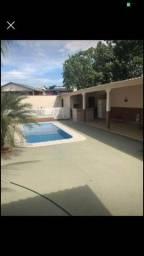 Vende-se esta casa com piscina 150mil
