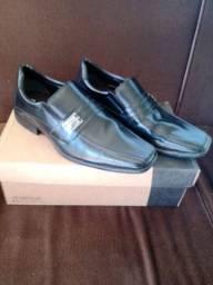 Sapato social Bertelli (usado somente uma vez).