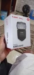 Vendo flash Canon NUNCA USADO