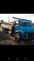 Caminhão 1313 toco