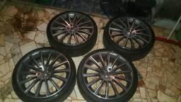 Aceito proposta R$3,300,00 aro 20 da mercedes AMG com pneus 95% borracha nunca reformadas