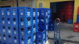 Compro engradados litrão padrão Ambev