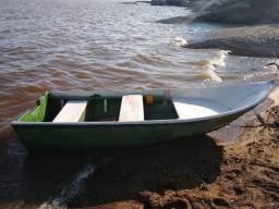 Barco de Fibra em bom estado