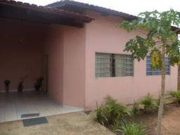 Casa à venda com 3 dormitórios em Itapuã, Aparecida de goiânia cod:CR1464