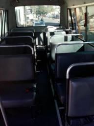 Vende-se ou troca-se por Van passageiro até$80.000,00