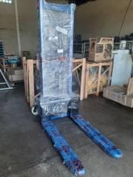 Empilhadeira 2 toneladas