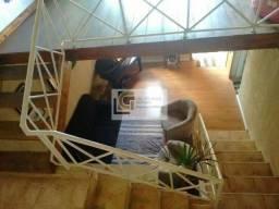 AC Excelente casa no centro de São José dos campos com 2 quartos e 2 suítes!!