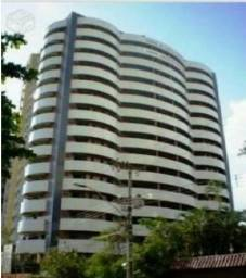 Vende-se Apartamento no Marco com 3 suítes, 2 vagas, 194m²