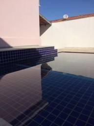 Linda casa com piscina e sauna