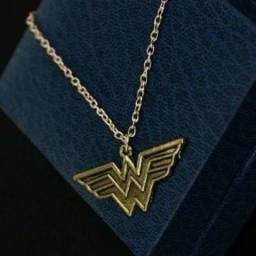 Colar Mulher Maravillha Dc Comics Wonder Woman - Novo