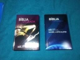 Duas bíblias adventista