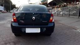 Clio Privilége Hi-Flex Sedan Completo