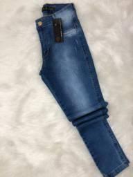 Calça jeans cos alto