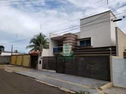 Título do anúncio: Sobrado com 5 dormitórios à venda com 370 m² por R$ 1.300.000 no Jardim Panorama II em Foz