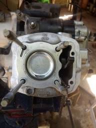 Faço seu motor barato de moto
