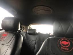 Carro Ônix Automático 2016/2016