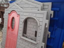 Vendo casinha de brinquedo para criança