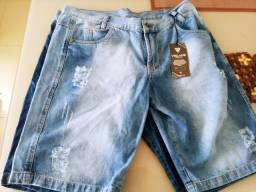 Bermudas jeans nunca usadas tamanho 48 estou vendendo pq nao dar em mim 50 reais cada uma