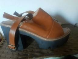 Título do anúncio: Sandalha semi-nova